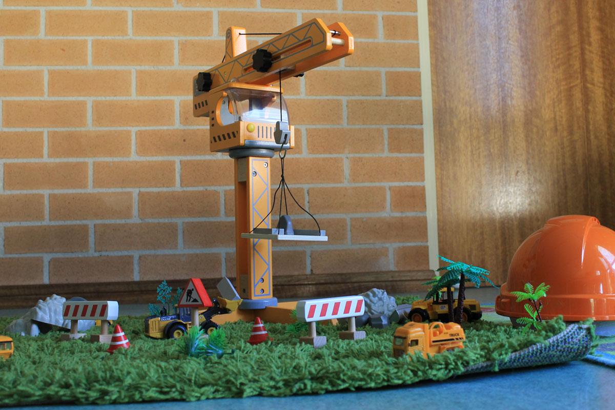 Clementson Drive Little Inventors 06